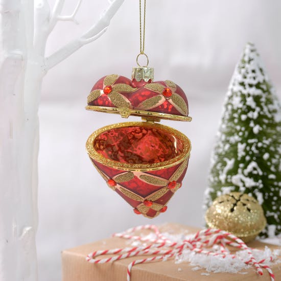 Christmas Heirloom Heart Locket Bauble
