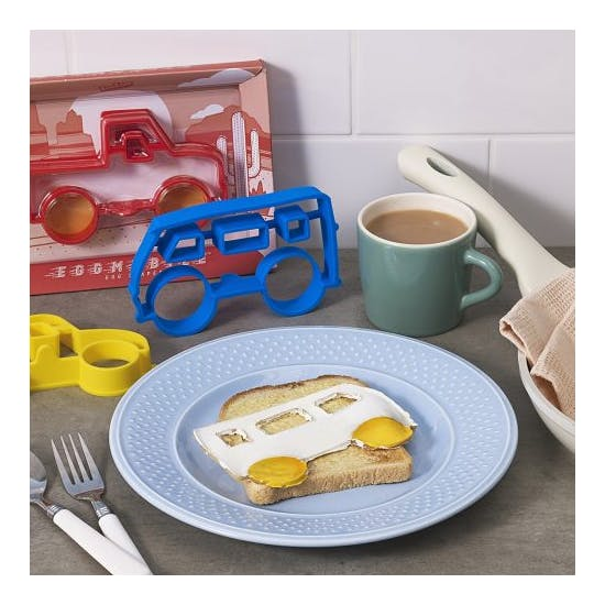 Eggmobile Egg Shaper