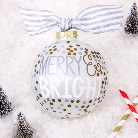 beautiful Bauble comes to you in a matching Gift Box