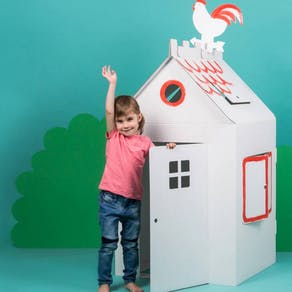 House colour in cardboard playhouse