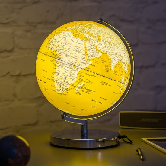Illuminated LED Globe Light