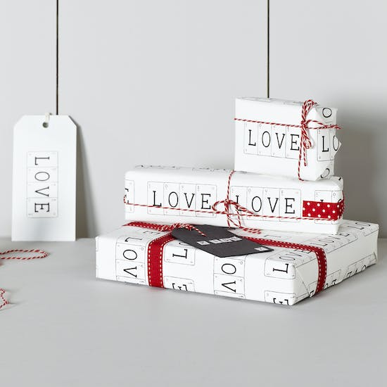 Love Gift Wrap