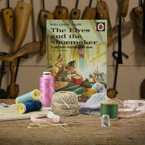 Personalised The Elves And The Shoemaker Story Book
