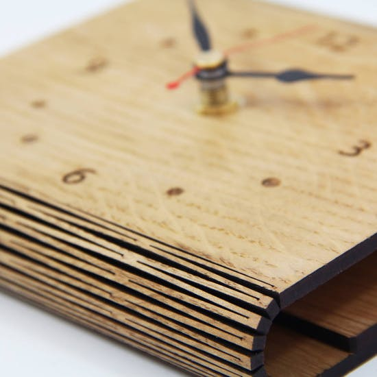 Detail on Personalised Living Hinge Clock