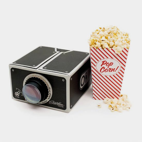 Smartphone Projector And Popcorn Gift Set