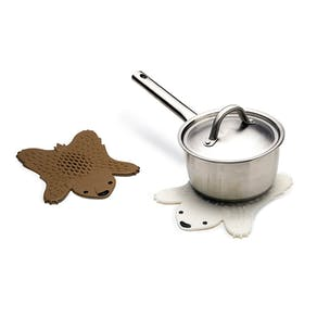 Grizzly Bear Hot Pot Trivet