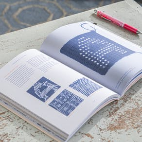 Typographic Knitting From Pixel To Pattern