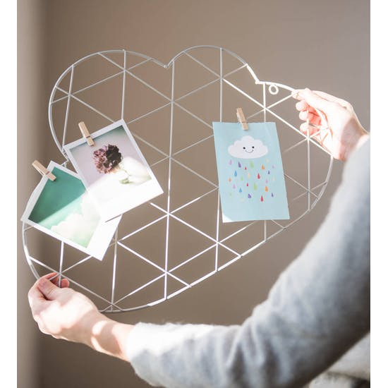 Cloud Wire Wall Card Holder